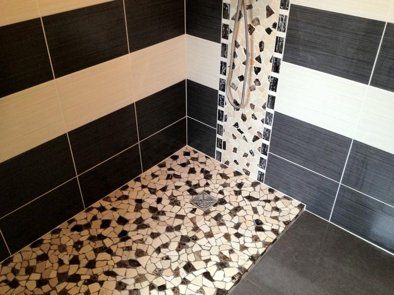 rnovation et ramnagement dune salle de bain classique pour la rendre moderne et fonctionnelle dpose de tous les meubles et sanitaires - Faience Mosaique Salle De Bain Moderne